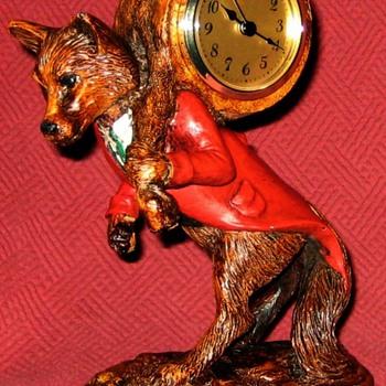 Traveling Fox Mantel Clock By Oklahoma Casting, USA - Animals