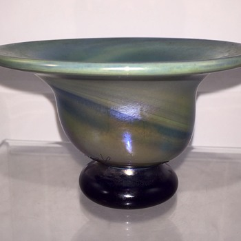 Early Charles Lotton miniature celadon/blue swirl iridescent footed bowl, 1973 - Art Glass