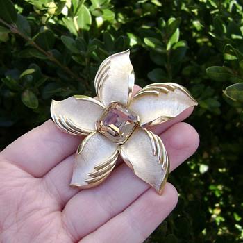 Crown Trifari Brooch - Starfish - Daylily - Costume Jewelry