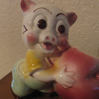 Pig with an apple