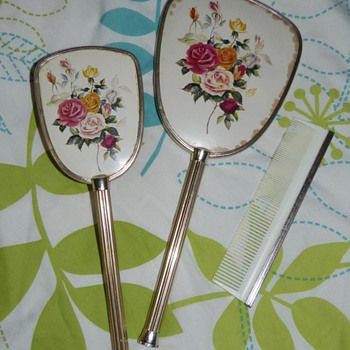 Vintage 1950s (?) Brush, Comb & Mirror Set - Accessories