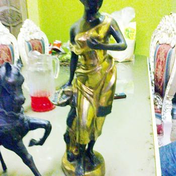 THE WOMAN IN GOLDEN ERA