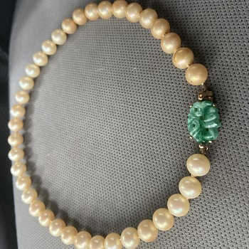 Ciner Pearl Necklace with Jade? Clasp  - Costume Jewelry