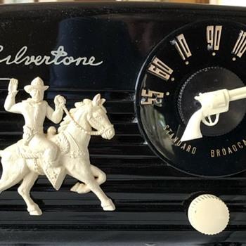 Silvertone Cowboy Radio - Radios