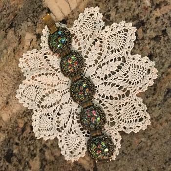 Vintage Unmarked Clasp Bracelet  - Costume Jewelry