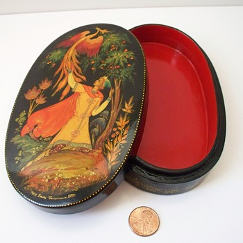 1971 Numbered Signed Palekh Russian Lacquer Box Tale of Prince Ivan & Firebird - Furniture