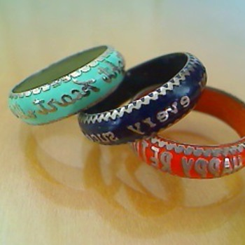 Sayings rings - Costume Jewelry