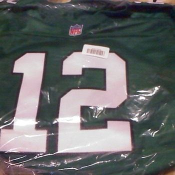Randall Cunningham throwback jersey with mis-stitched label - Football
