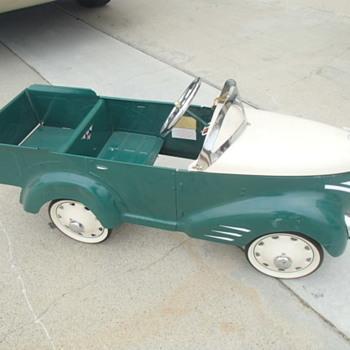 Pedal Car~~repro~~'2000 - Toys
