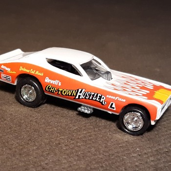 Johnny Lightning Dragsters USA Series Pat Minick's 72 Chi-Town Hustler Late 1990s - Model Cars