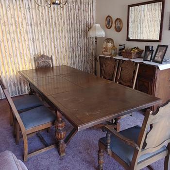 Angelus 1524 - Furniture
