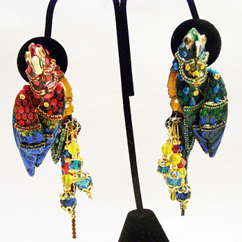 "Vintage Lunch at the Ritz ""Macaw Masquearde"" Earrings - Costume Jewelry"
