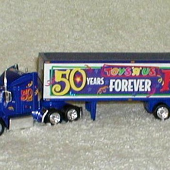 "Matchbox ""Toys 'R' Us"" Anniversary Rig - Model Cars"