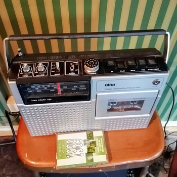Ultra radio cassette recorder, model 6278. - Electronics