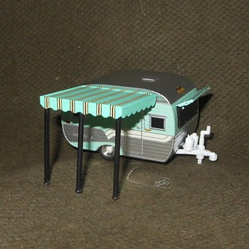 Greenlight Collectibles Hitched Homes Series Five 1959 Catolac DeVille Travel Trailer 1:64 - Model Cars