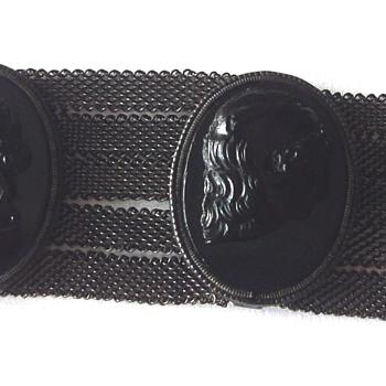 18th CENTURY SILESIAN WIRE MESH WORK JET CAMEO BRACELET - Fine Jewelry