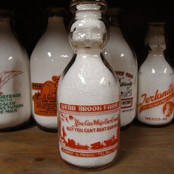 WEBB BROOK FARM ....MASSACHUSETTS BABY TOP MILK BOTTLE - Bottles