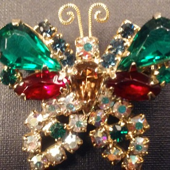 Holiday butterfly brooch - Animals