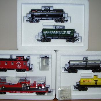 More Marklin collector sets in HO. - Model Trains