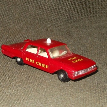 Matchboox Monday MB-59B A Fine Ford Fairlane Fire Chiefs Car 1963-1965 - Model Cars