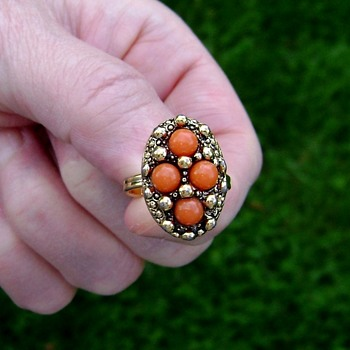 Sarah Coventry Ring - Calypso - Costume Jewelry