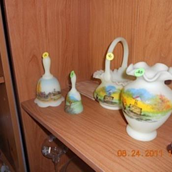 Fenton Custard Glass 'The Farm' painted - Glassware
