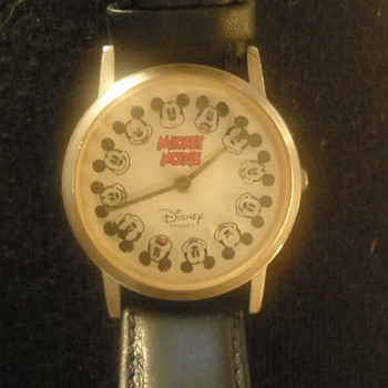 Fossil Mickey Watch (1990's) - Wristwatches