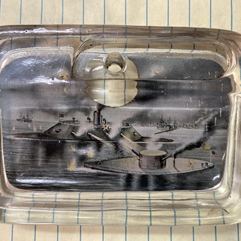 Help identify ? paperweight? toothpick holder? paperclip/pen holder? - Art Glass