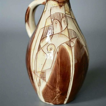 Unknown Vase with Picasso-like Decor - Pottery