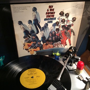 Sly Stone his brother Freddie and sister Rose on keyboard  - Records