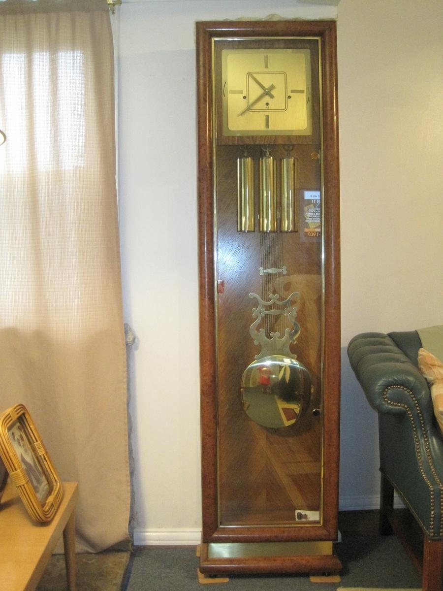 modern grandfather clock qr4