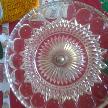 cake plate with silver bottom - Kitchen