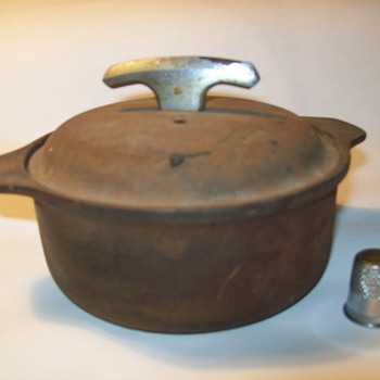 Griswold #63 casserole dish - Kitchen
