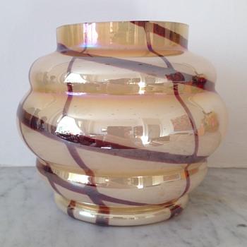Kralik highly iridised Deco vase - Art Glass