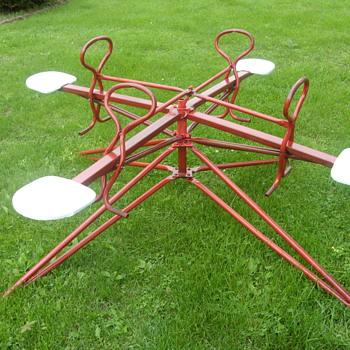 1956 push and pull kids merry-go-round - Sporting Goods