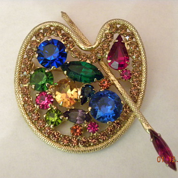 Weiss Artist's palette brooch - Costume Jewelry