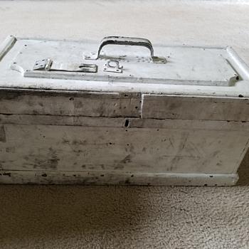 Vintage Handmade Toolbox ca.1940's - Tools and Hardware