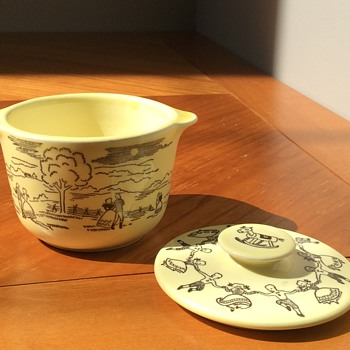 Small yellow dish with lid - China and Dinnerware