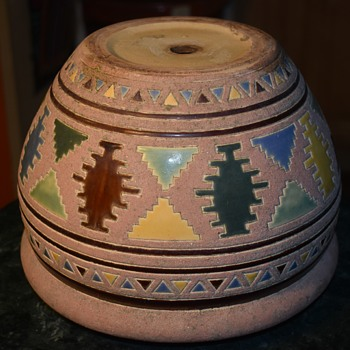 Art Pottery Planter by who?  Signed KY, i think? - Pottery