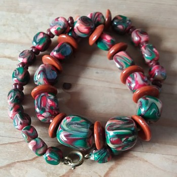 Swirly glass bead necklace - Costume Jewelry