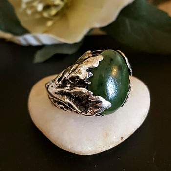 Organic/modernist sterling nephrite jade ring, signed S B. - Fine Jewelry