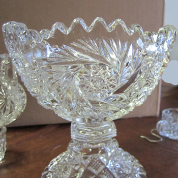 Child's Size Depression Glass Punch Bowl W / Cups - Glassware
