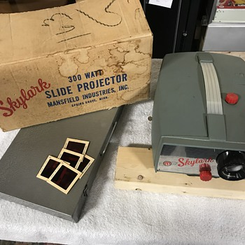 Old Skylark slide projector  - Cameras