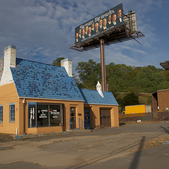 Ex-Gulf Oil Station, Luzerne, PA - Petroliana