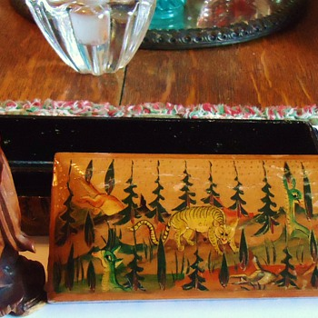 Hand painted box and wood statue from Kashmir