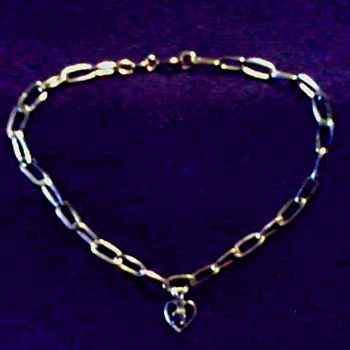 Italian Vior 14K Gold Charm Bracelet / Heart Shaped Charm with Amethyst / Circa 20th Century - Fine Jewelry
