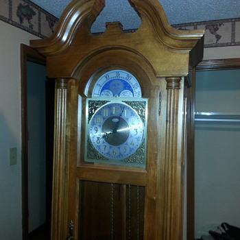 60 year old Seth Thomas Grandfather clock - Clocks