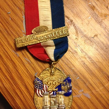 Vintage Unknown Medal - Military and Wartime