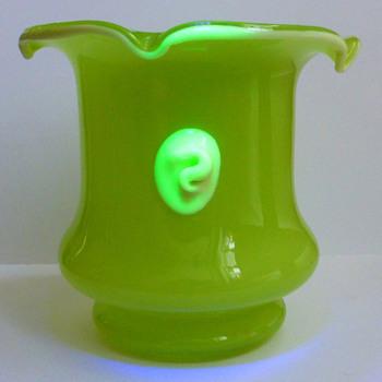 Kralik Tango Lime Green Vase (UV Reactive) - Art Glass