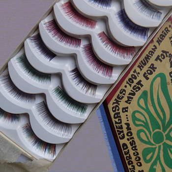 1960s MOD / Psychedelic Colored Eyelashes Mint in Box - Accessories